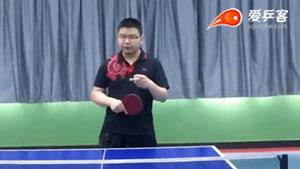 现在乒乓界越来越稀缺的额打法:反面的生胶打法!